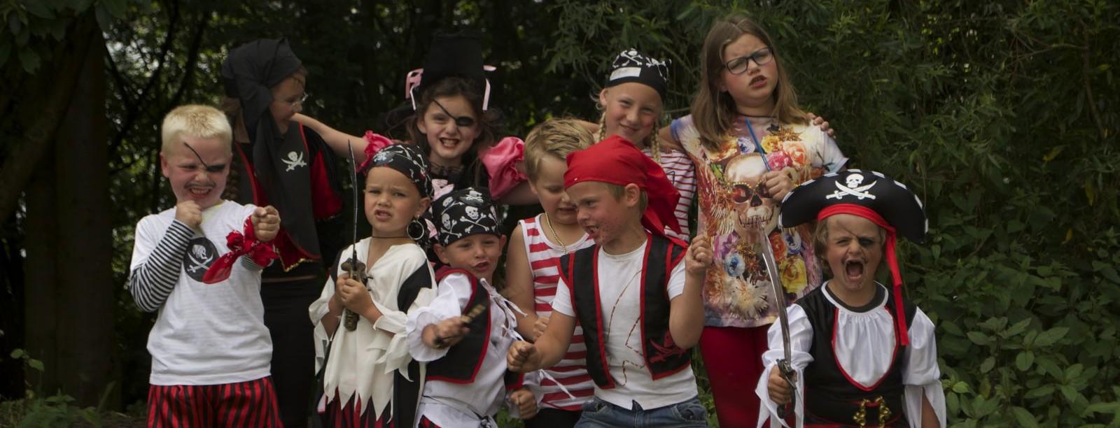 Verbazingwekkend Piraten kinderfeestje thuis-Vier uw piraten feestje met deze tips XV-34